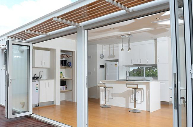 habitations base de containers arc ethic. Black Bedroom Furniture Sets. Home Design Ideas
